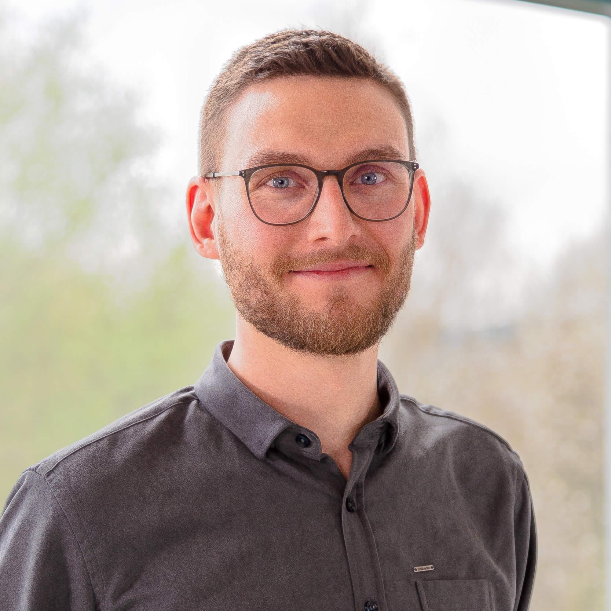Laurenz Scheer ist Linguist und Experte für Kommunikation in der Medizin in Dortmund